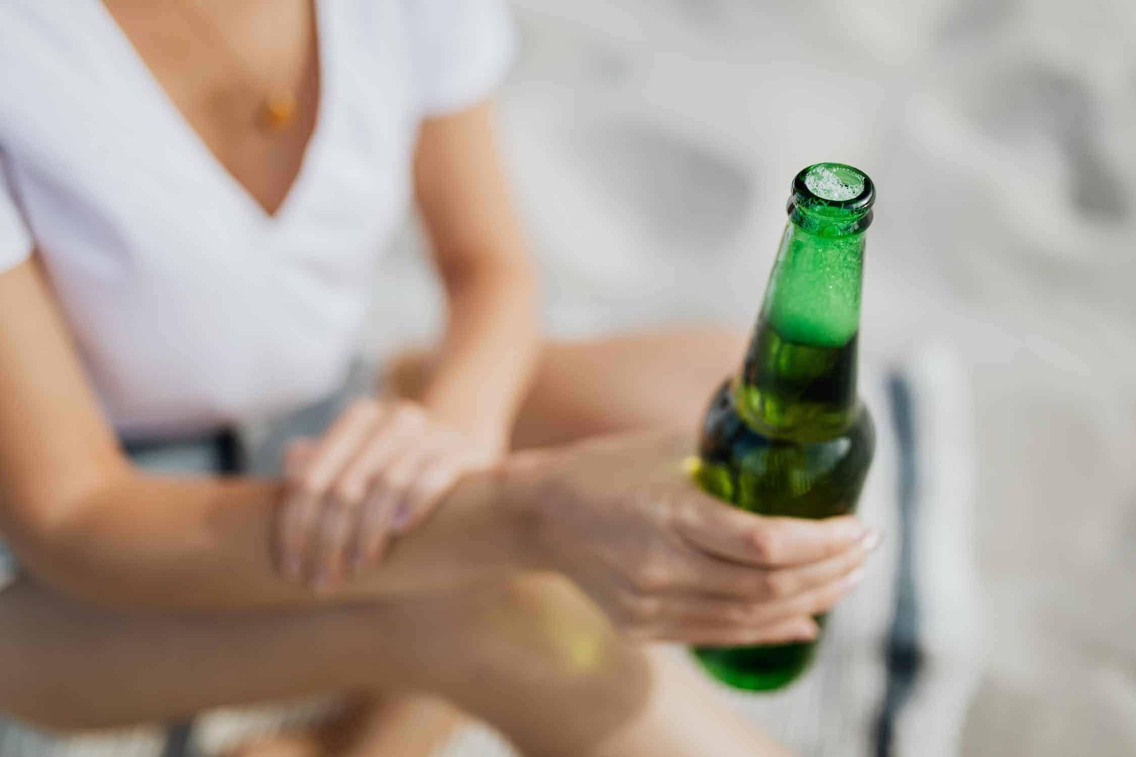 9 benefícios que você sente quando para de beber<span class=